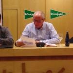 Joan Opi llegeix a Domingo Sánchez