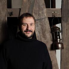 Marc Rosich llegeix «Gàngsters, ploma i vaudeville»