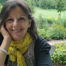 """Teresa Costa-Gramunt ressenya """"Gàngsters, ploma i vaudeville"""" a Núvol"""